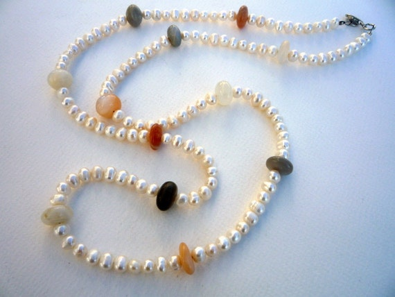 Long necklace with Freshwater Pearls and Multicolor Moonstone roundels.