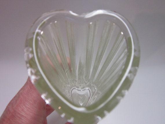 Vintage FTD Vase Heart Long Stem Roses 1982