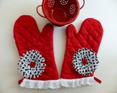 Red Hot Momma Barbeque Oven Mitt Set, Insulated Hot Pad, Wild Crow Farm