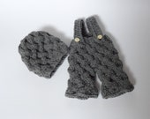 Newborn Knit cable shorts and hat set  Baby Knit Cable hat Newborn pants Baby knit Pants Knit diaper cover Hat and Pant Photograhy Prop Set