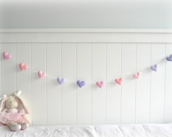 Pastel felt hearts banner/ garland/ bunting - nursery decor - pastel pink and purple - MADE TO ORDER
