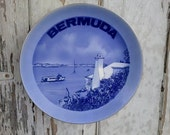 Vintage Bermuda Decorative Souvenir Plate - Antique Wall Art, Kitchen Decor, Vintage SALE on Bermuda State Plate, Vacation Moment, Wall Art