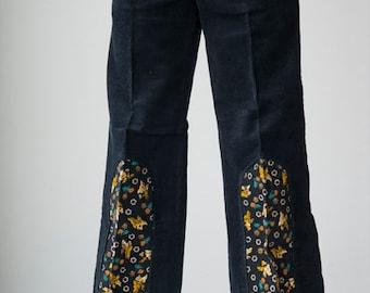 very cute corduroy velvet trousers with print, UNWORN