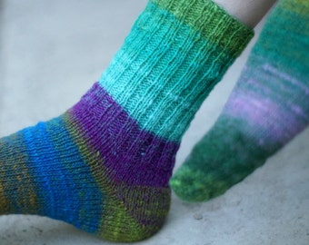 Hand knitting noro women wool Socks colorful stripes autumn fashion blue green lilac