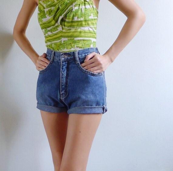 Vintage 80's Medium Blue Washed Cuffed Denim Shorts XS