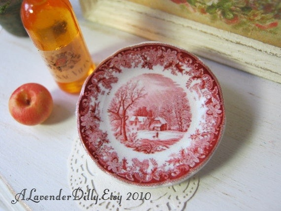 Red Winter's Eve Plate for Dollhouse