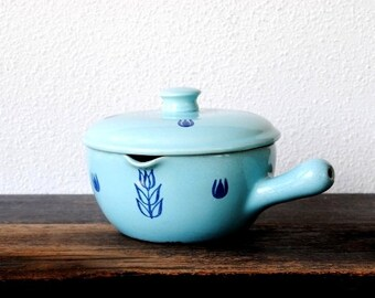 Vintage Turquoise Pottery Cooking Pot with Lid, Handled Bowl Covered Dish, Retro Kitchen Serving Decor