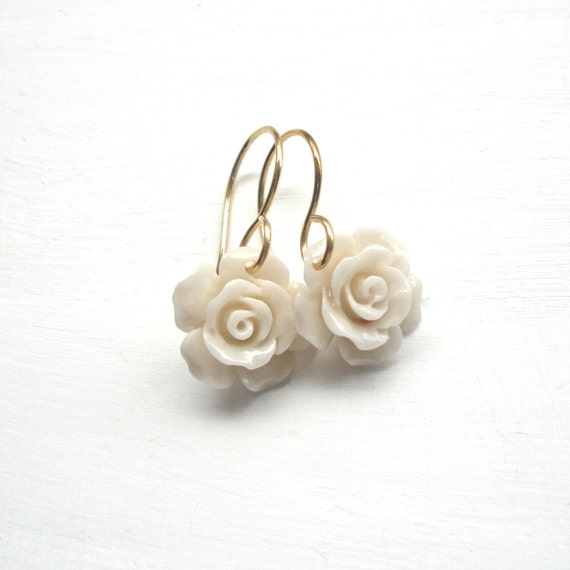 Ivory flower earrings cute small gold and off white jewelry for Gemsprouts tiny plant jewelry