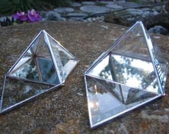 """3"""" Pyramid Charging Box"""