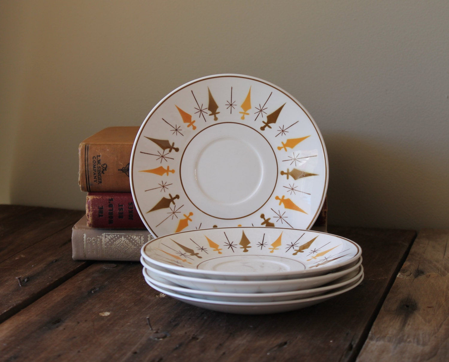 Mid Century Plates Dishes Vintage Retro By Thesquirrelcottage