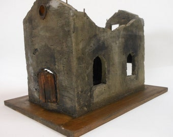 Bombed Out Church Diorama-old church ruins