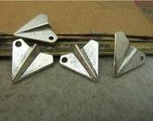 20 pcs 19x17mm Antique Silver Vintage Small Paper Airplane Planes Charms Pendants fc92935