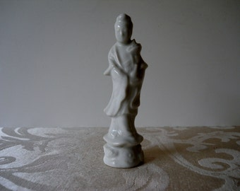 Asian Chinoiserie Figurine White Porcelain