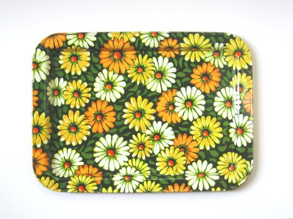 Metal Serving Tray, 60s Retro Mod Daisy Floral Pattern