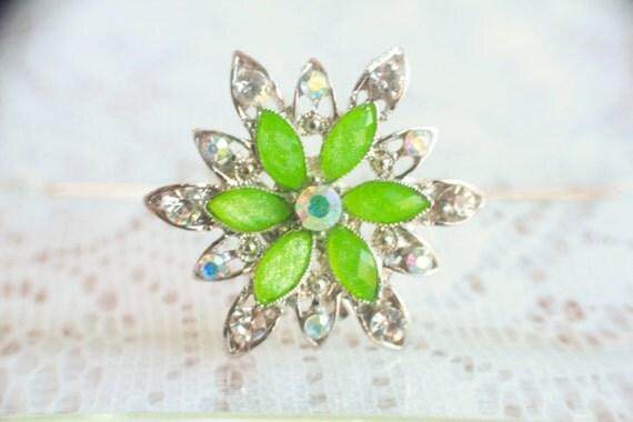 Brooch Bouquet Jewelry, Bouquet Picks, Bouquet Jewels, Alternative Bouquet, Green Flower