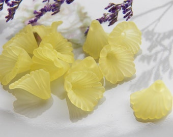 12mm Yellow Ruffled Calla Lily Frosted Acrylic Flower Beads, 12 PC (INDOC8)