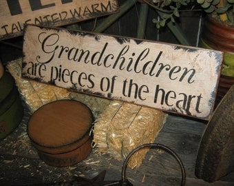 "Primitive Wood Sign "" GRANDCHILDREN "" Handpainted Country Folkart Housewares Wall Decor"