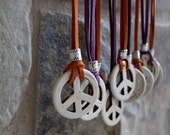 Peace Sign Necklace, Coachella Necklace, 60s Peace Necklace, Festival Jewelry, Peace Medallion, Leather Peace Necklace, TEN COLORS OFFERED