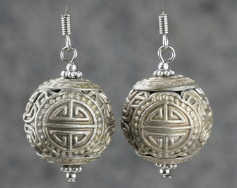 Vintage drop silver plated carved Earrings Bridesmaids gifts Free US Shipping handmade Anni Designs