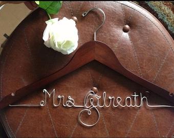 Personalized wedding dress hanger, bride hanger, wedding dress hanger, bridesmaid