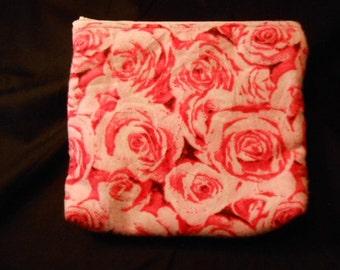 Make up bag or wipe holder, roses