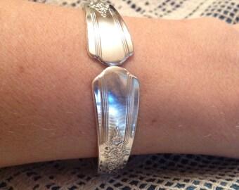 Desire 1940 Silverware Bracelet