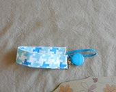 Soothie Fabric Pacifier Clip in Houndstooth fabric READY TO SHIP!!
