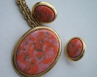 Peachy-Coral Pendant/Brooch and Earrings