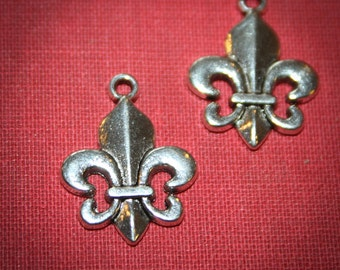 50% off  12 Fleur de lis  Charms Tim Holtz style great for collage, Altered art, jewelry making or Scrapbooking