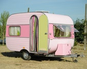 ON SALE really gorgeous and funny caravan for your holidays or your garden - omniacrea