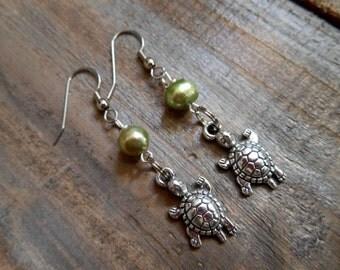 Silver Turtle Earrings - Turtle dangle earrings, Pearl Earrings