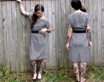 Vintage // 1960's Mod Houndstooth Dress // Mary Roberts New York // Black and White Modern