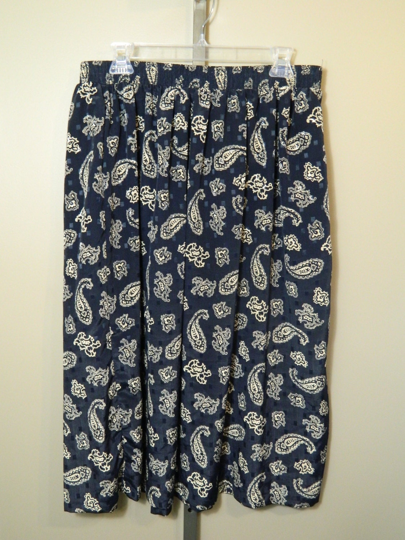 vintage large navy blue paisley skirt