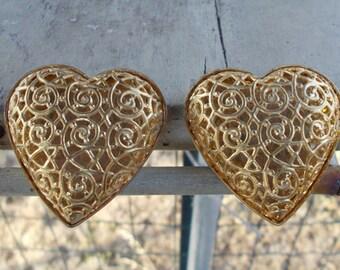 Hollow Heart Earring