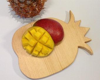 Pineapple Cutting Board - medium sized