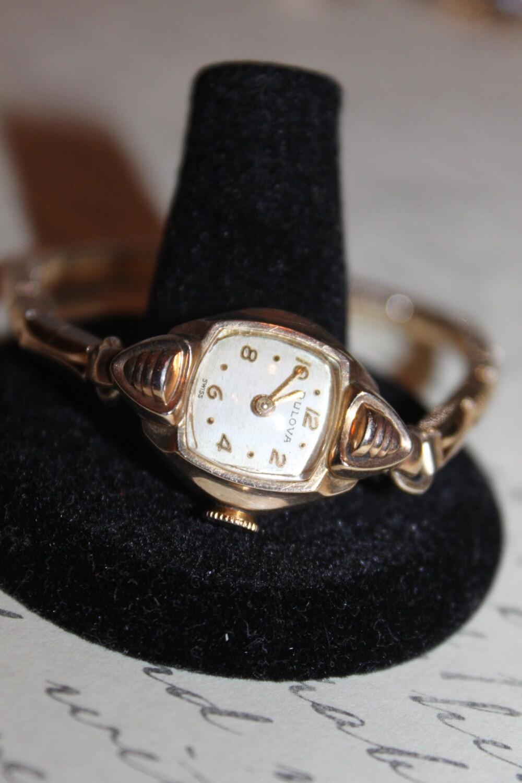 SALE-Vintage Bulova Ladies Watch works