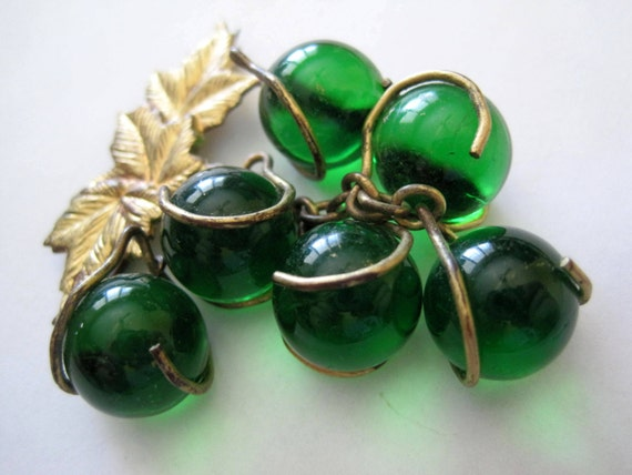 golden vine work on glass beaded vintage brooch