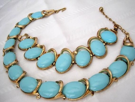 Vintage Crown Trifari Bolero Turquoise Necklace Bracelet Set
