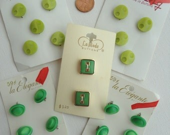 Vintage Button Lot Shades of Green Five Cards 20 Buttons Unusual Styles