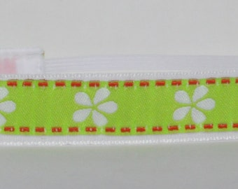 CLEARANCE Non Slip Headband | Sale Headband | Fitness Headband | Workout Headband ~ Jacquard White Petals on Lime