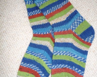 Hand knitted woman wool socks, UK 5-7 US 7-9