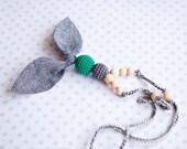 BLACK FRIDAY SALE Fabric nursing necklace - linen bow - emerald bead