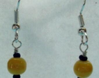 Yellow Pearl Pierced earrings