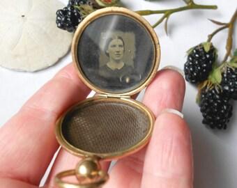 Antique Mourning Locket, 19th Century Civil War Era Tintype Photo Antique Locket