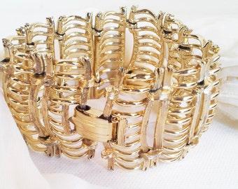 Vintage Lisner Gold Tone Wide Bracelet