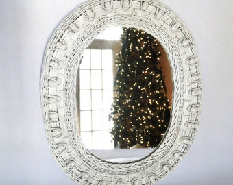 Vintage Mirror Oval White Wicker Wall Hanging Dresser Top Tray Hall Mirror