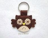 FREE US SHIPPING! Cute Felt Chocolate Brown Owl Keychain or Keyring // kawaii owl hoot key fob charm