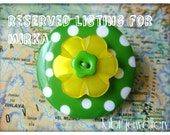 Green and yellow, polka dot,, flower, button brooch