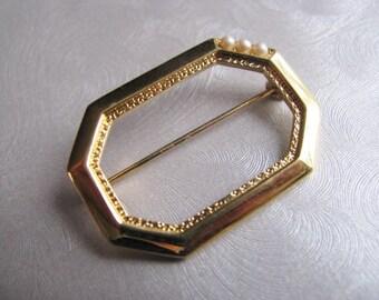 Vintage Brooch - Vintage Monet Pin - Goldtone Frame Brooch