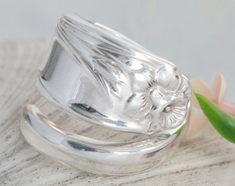 Vintage Spoon Ring - Daffodil Spoon Ring - Spoon Jewelry - Silverware Spoon Ring - Spoon Ring - Silverware Jewelry  (mcf  R107)